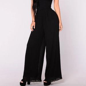 Fashion Nova Black Pleated Wide Leg Pants